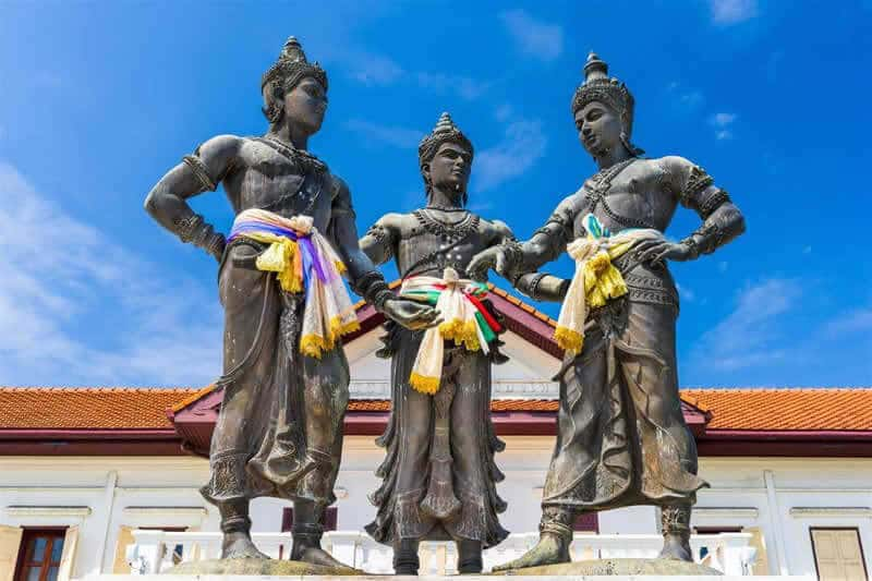 99-The-Heritage-Hotel-Surrounding-Environment-Chiang-Mai-Three-Kings-Monument
